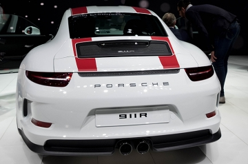 Only 991 people will be able to buy one. Many more will see this view of the 911 R