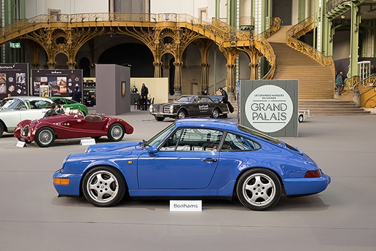 Racy Porsche 911 (964) Carrera RS N-GT. Sold for €151.8k – would have been a bigger sum if a more user-friendly 'Sport'