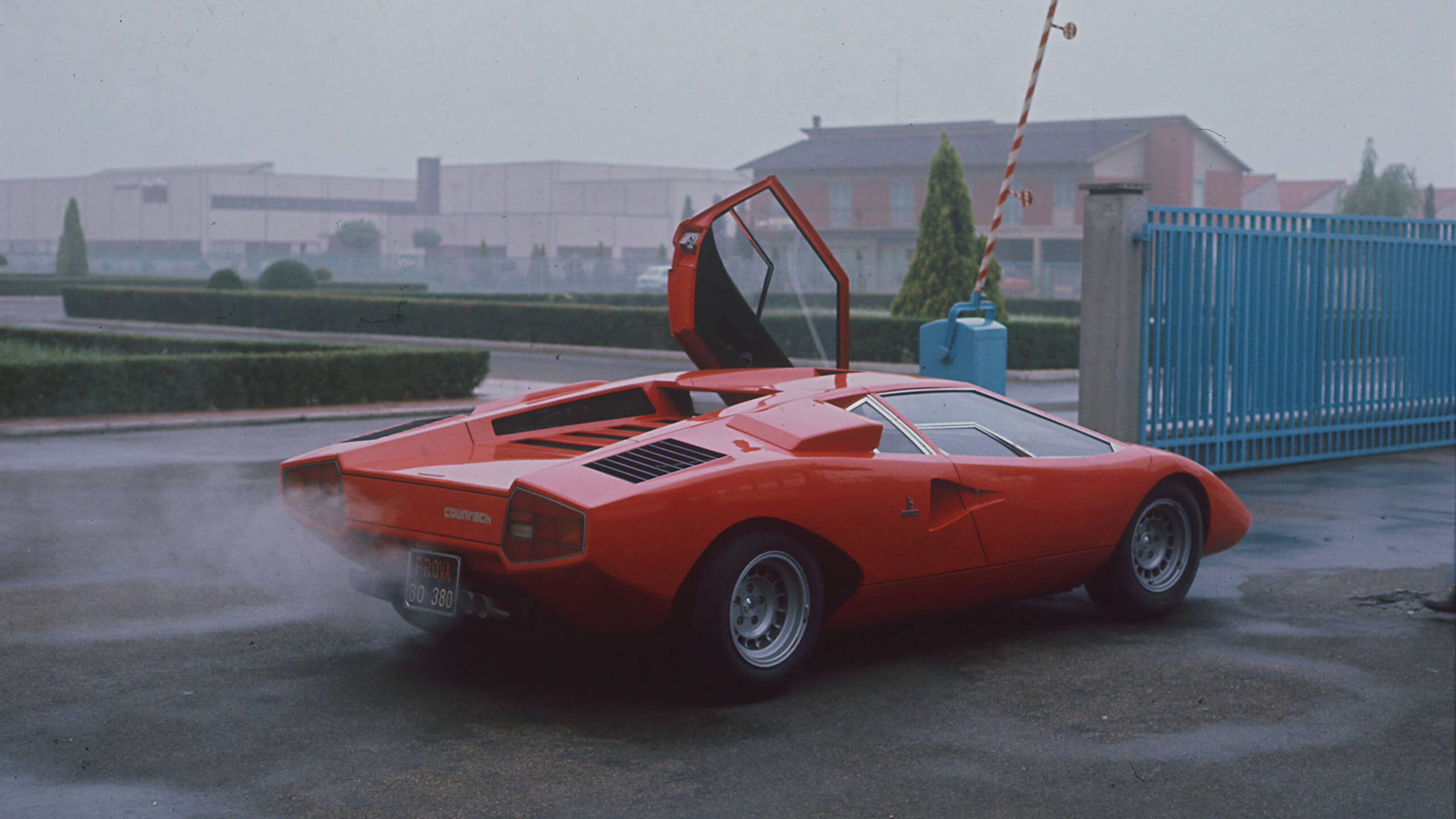 Test Drive: Lamborghini Countach LP400