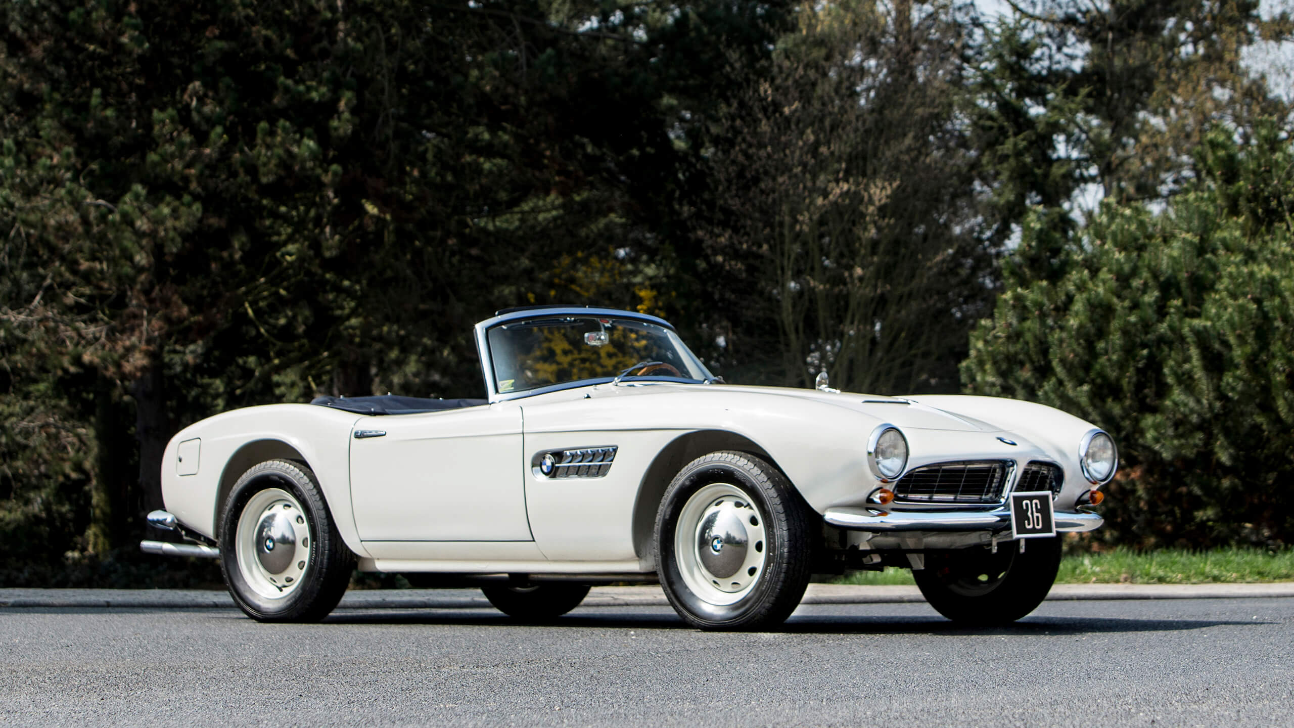Royal cars crown Bonhams' €8m 2020 Zoute sale