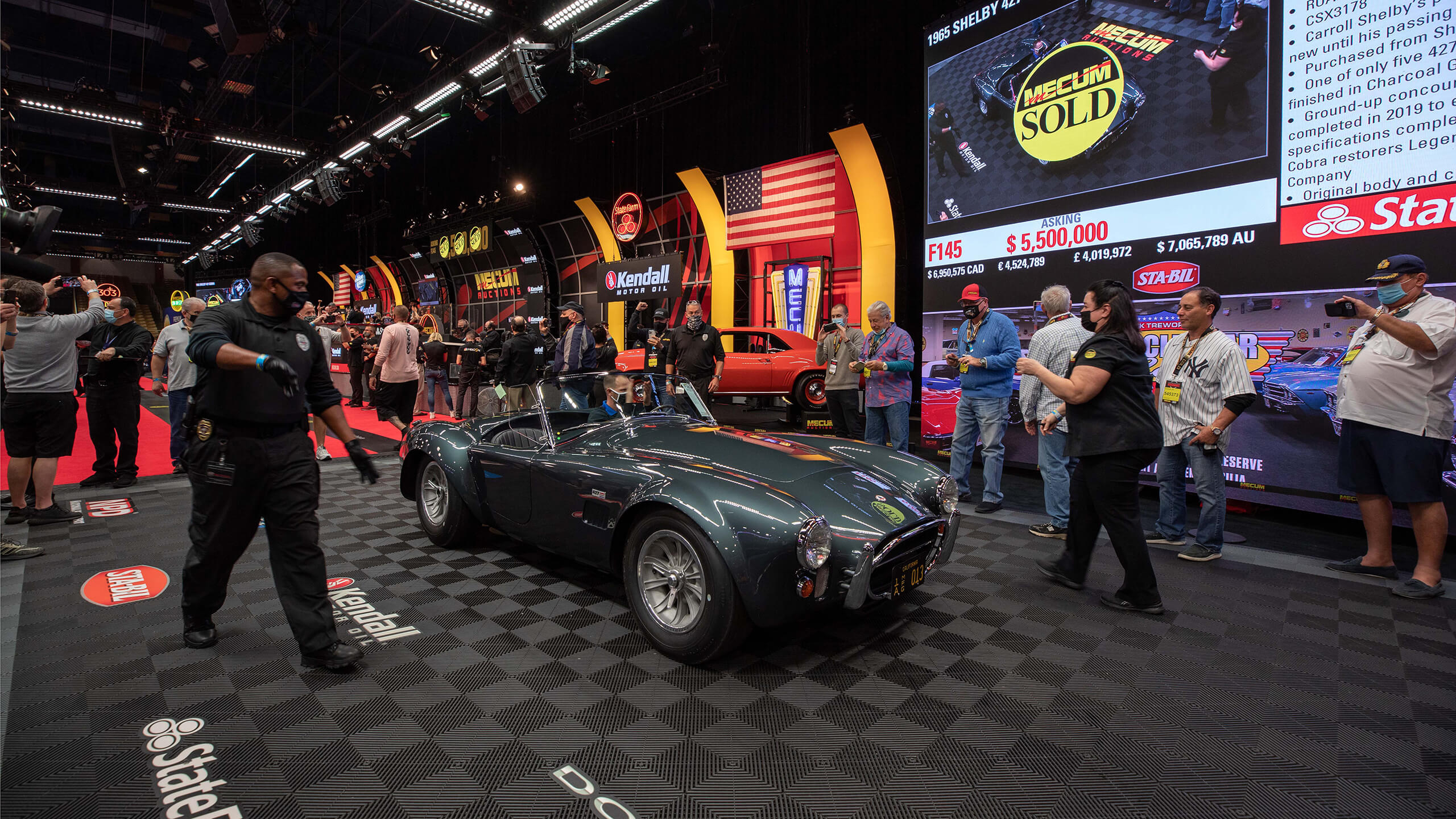 Mecum sells Carroll Shelby's personal big-block Cobra for $5.94m